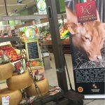 Area con forme di Parmigiano Reggiano da latte vacche rosse